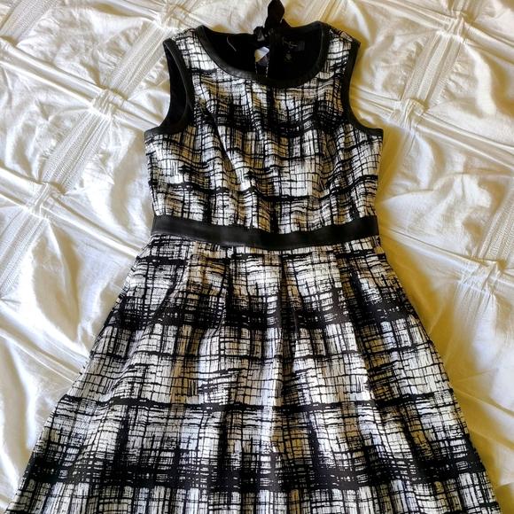 Jessica Simpson Black & White Dress